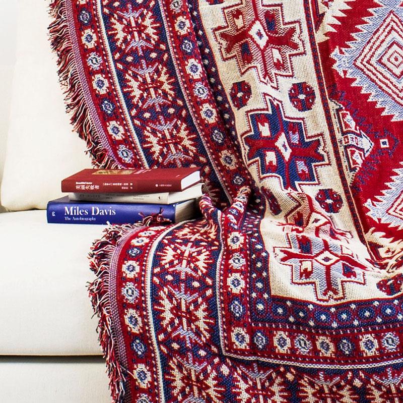 Фото 12: Этнический стиль дивана