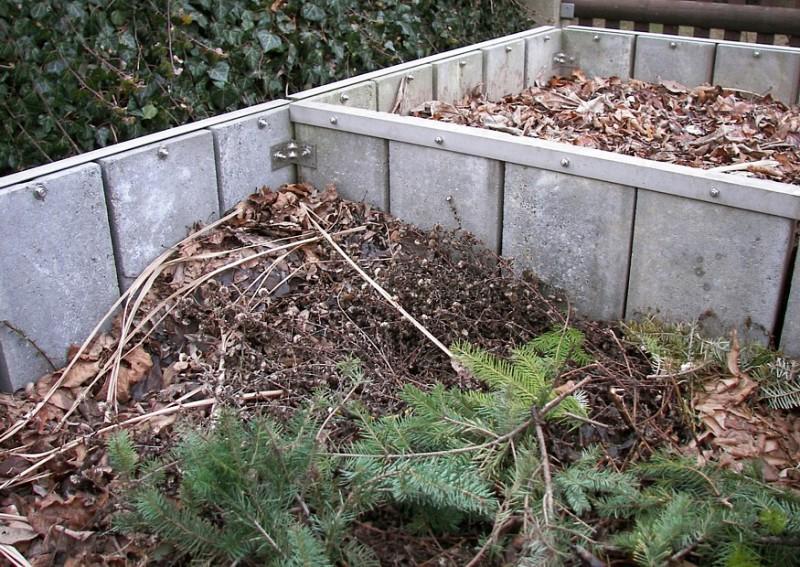 Фото 20: Компост из опавших листьев