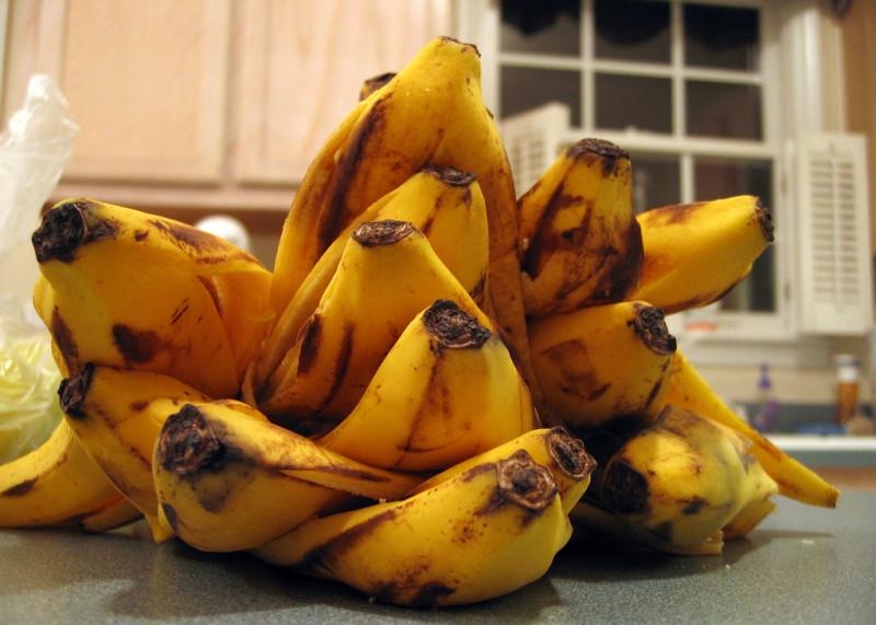 Фото 6: Банановые шкурки для удобрений