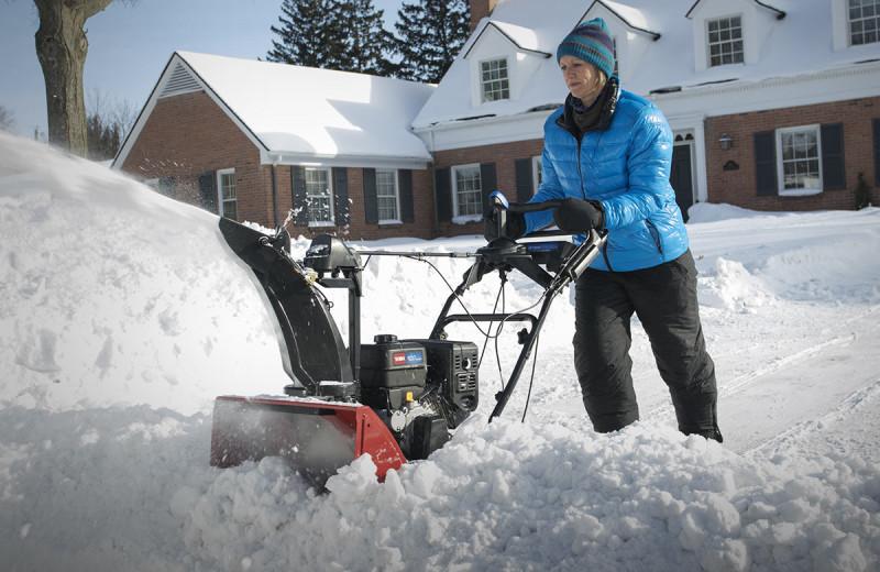 Электро лопата для уборки снега