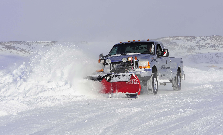 Фото 16: Снегоуборочная насадка для машин