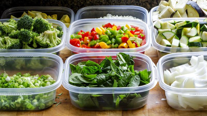 Пластиковые контейнеры для еды