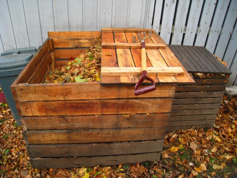 Фото 25: Компост из осенних листьев
