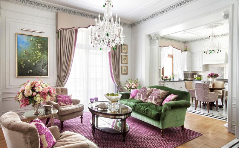 Фото 29: Гостиная в классическом стиле в зеленых и розовых тонах