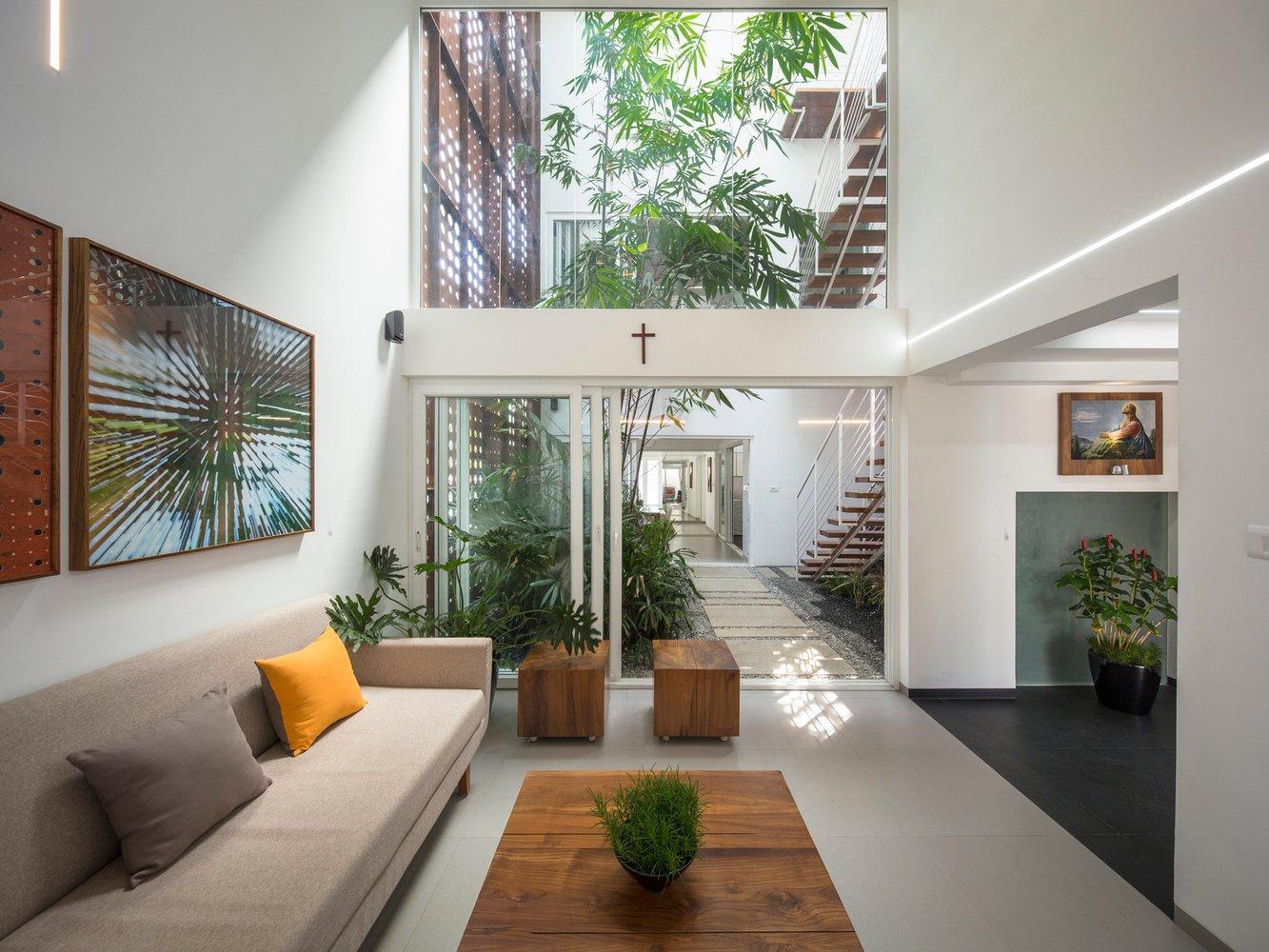 великолепный дом с крытым атриумом4