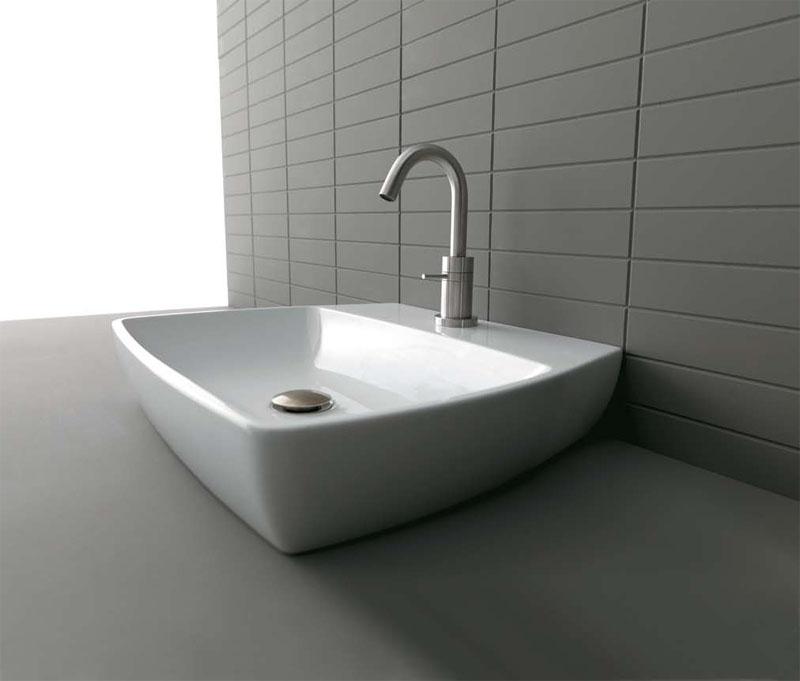 Раковина для ванной накладная