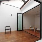 Фото 11: Темный 50-летний дом в Сингапуре преображается