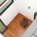 Фото 13: Темный 50-летний дом в Сингапуре преображается