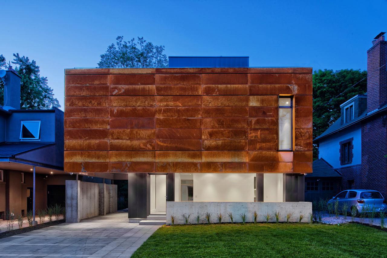 Дом, обшитый сталью «Кортен» (Торонто)