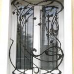 Vidy metallicheskih reshetok na okna s foto (15)