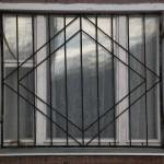 Vidy metallicheskih reshetok na okna s foto (5)