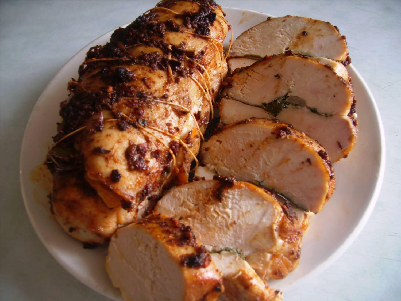 Рецепт салата курицы с ананасами и орехами