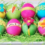 Фото 10: Украшение яиц к Пасхе аппликацией