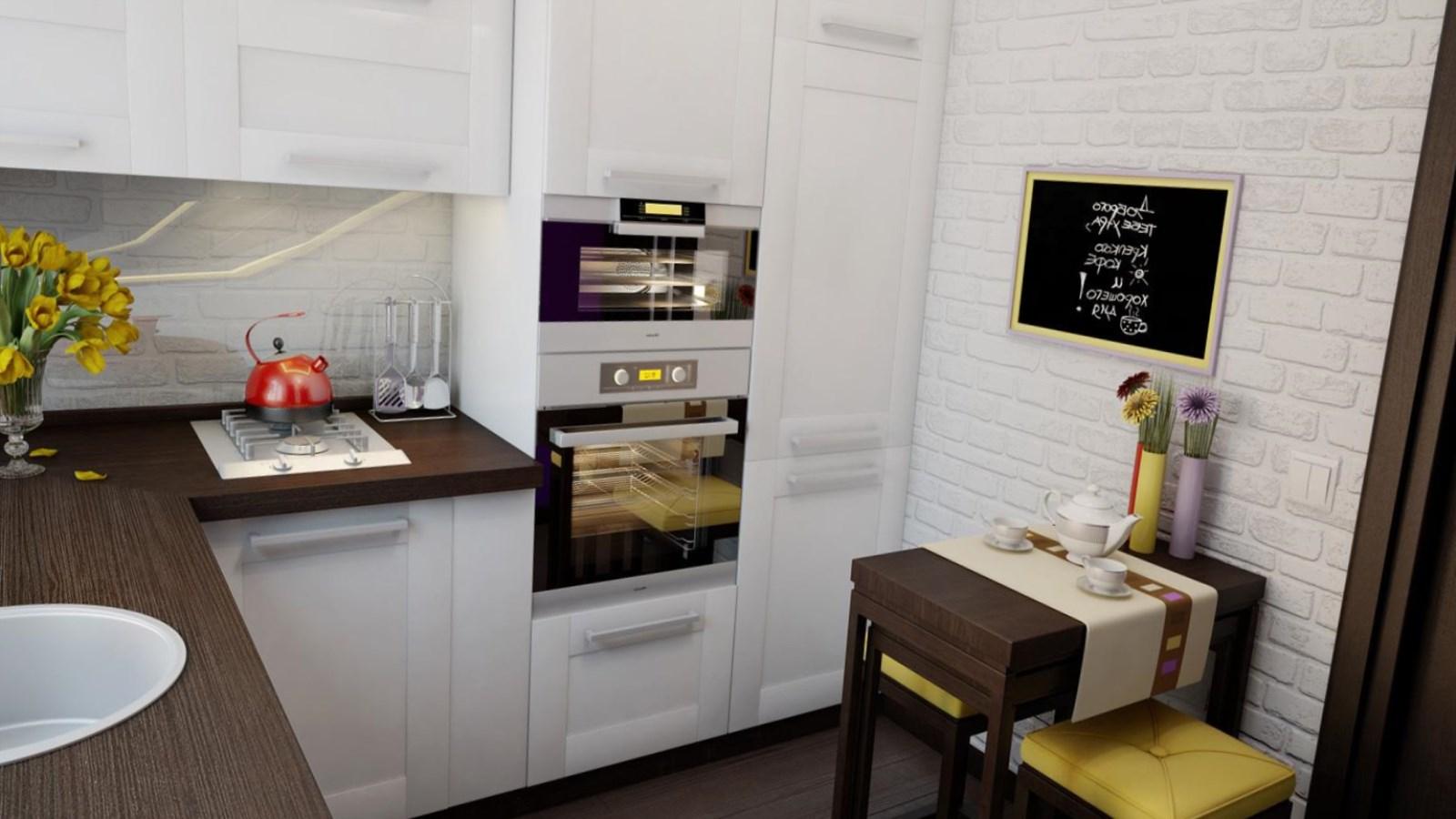 Маленький деревянный столик для кухни