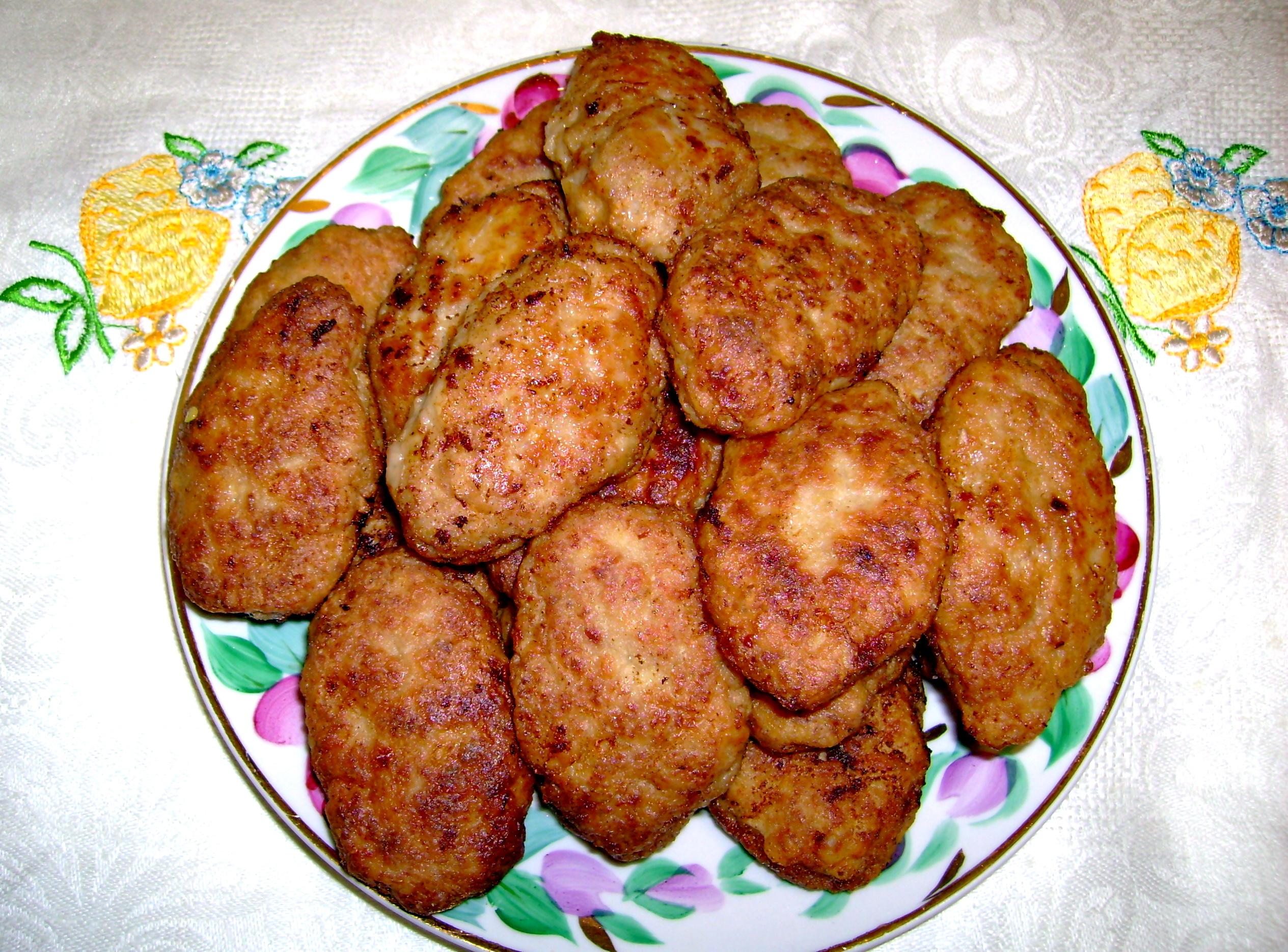 Котлеты домашние из свинины рецепт пошагово