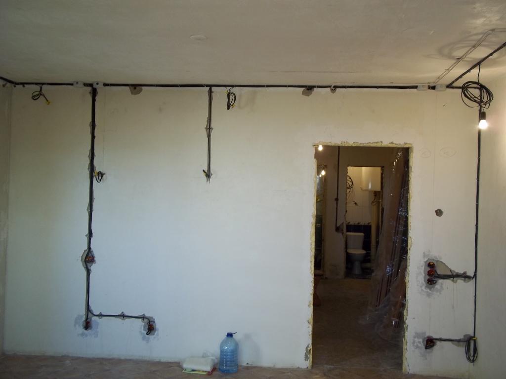 Электропроводка в комнате