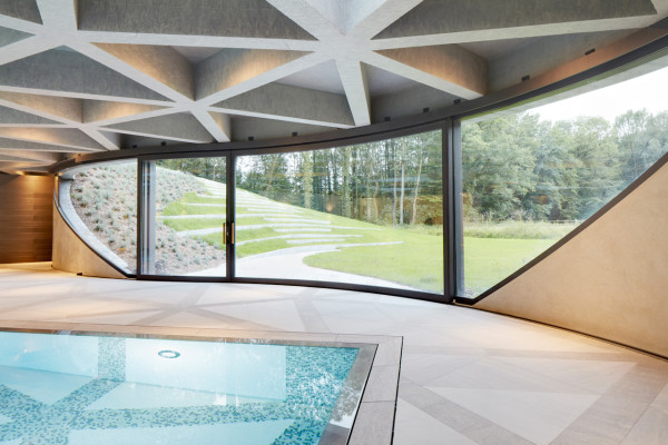 10 крытых бассейнов4