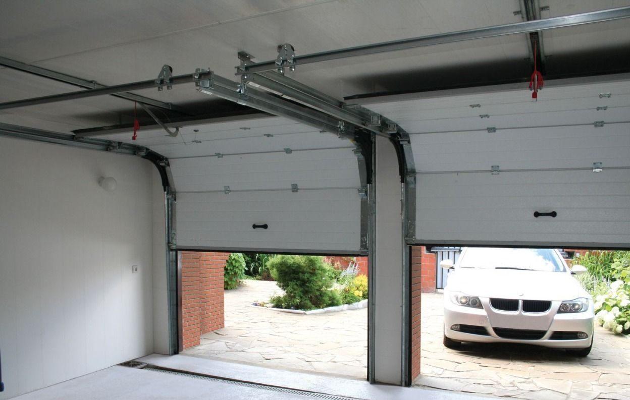 Фото внутри гаража