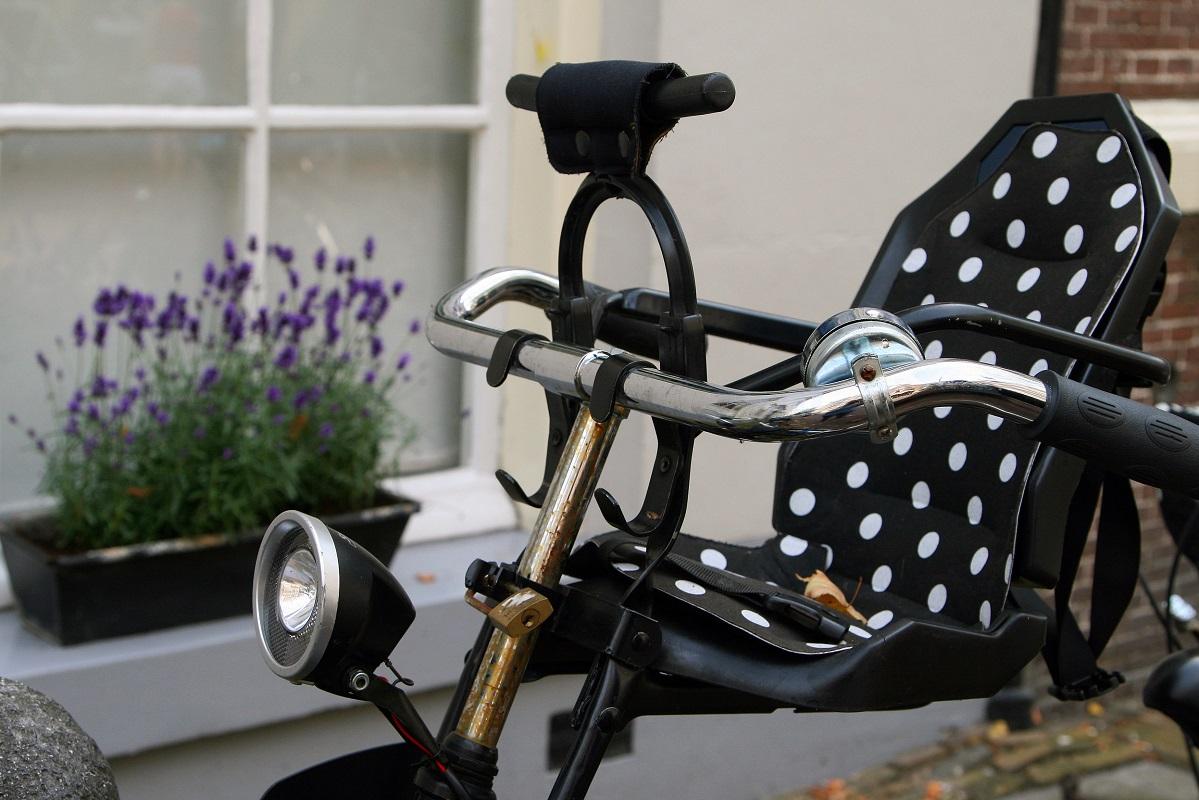 Переднее кресло на велосипед