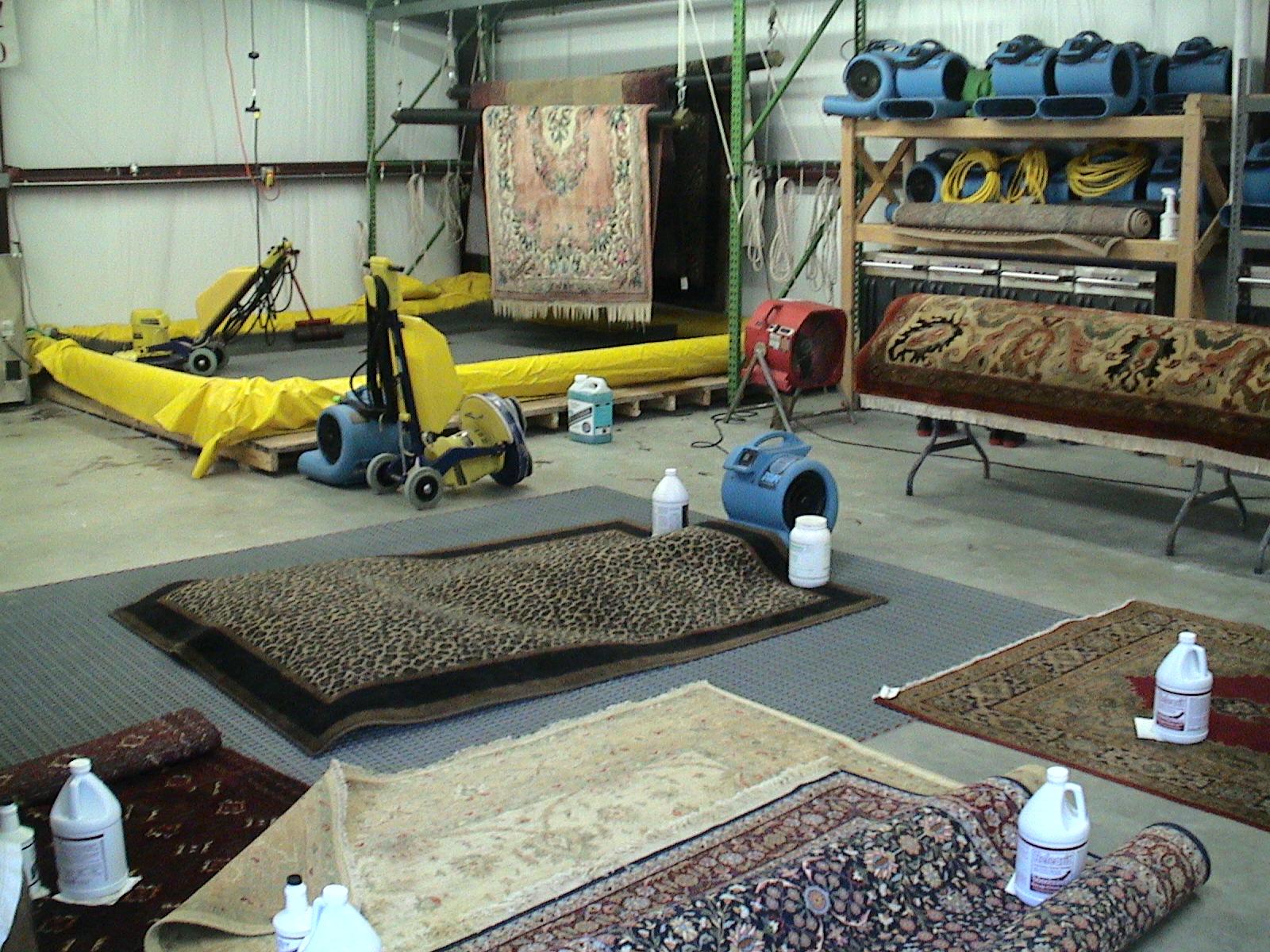Химчистка ковров и мебели с вывозом