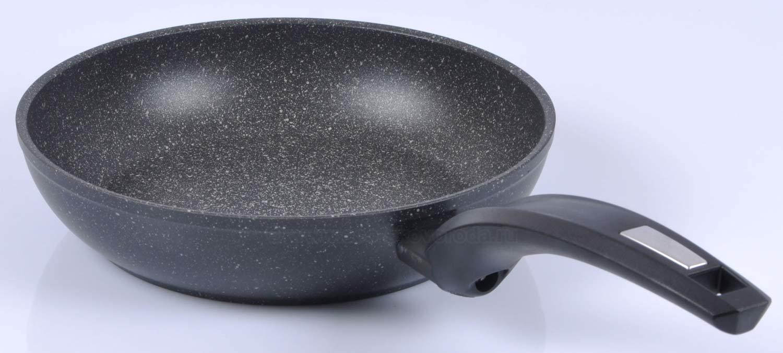 Непригарная сковорода из камня
