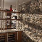 Фото 5: Имитация декоративным камнем барной зоны