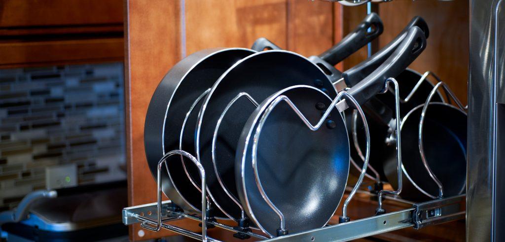 Как почистить каменную сковородку