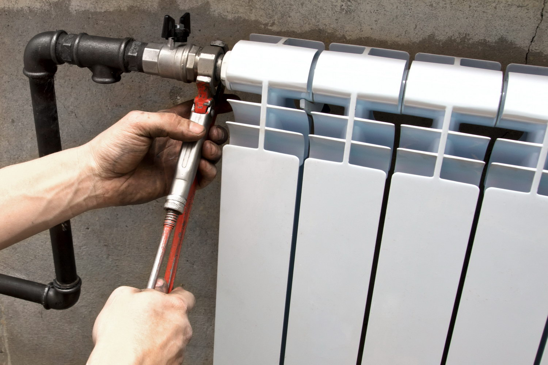Демонтаж радиаторов отопления