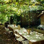 Фото 109: Пергода из стволов и веток для винограда