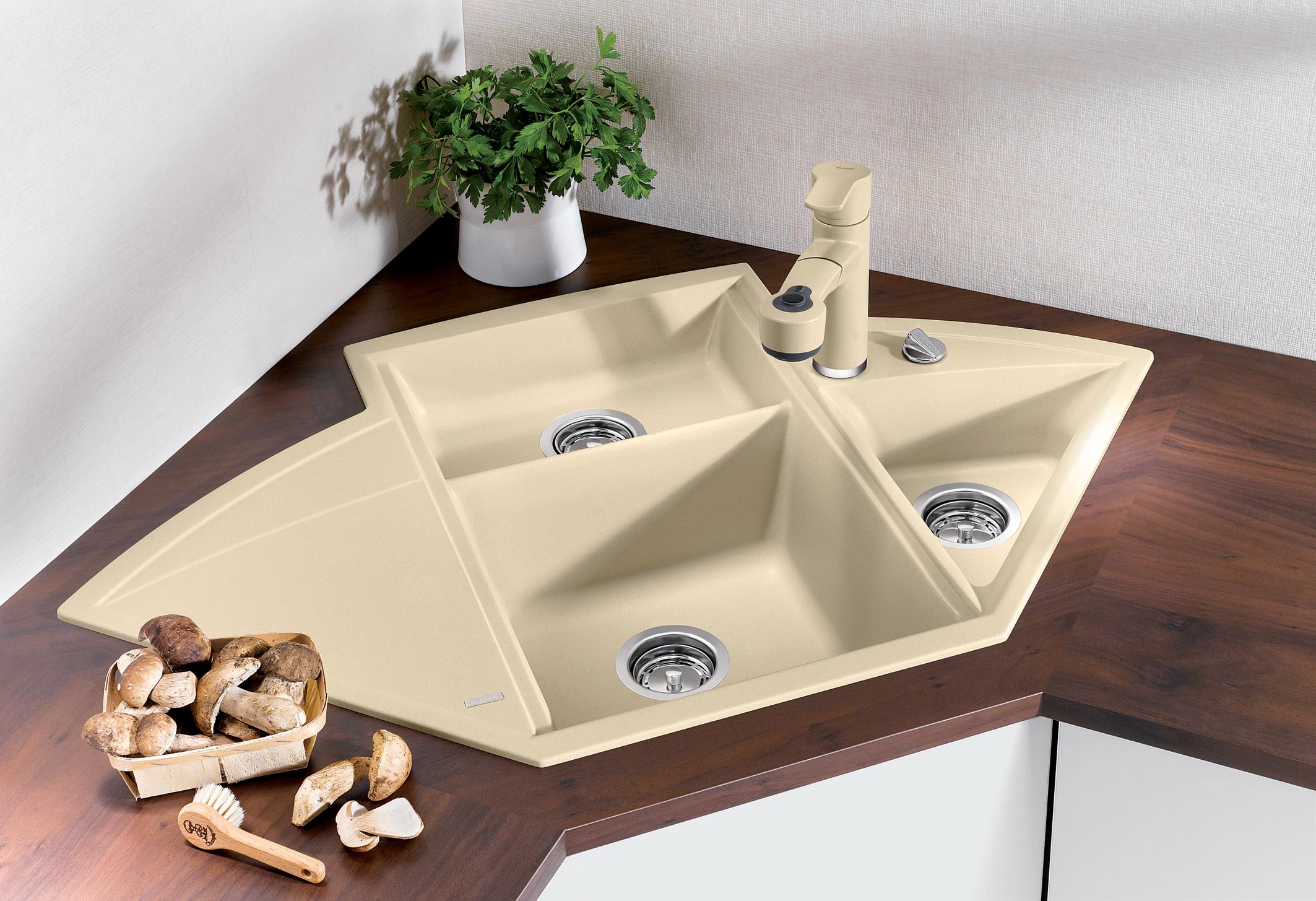 Угловая мойка для кухни керамическая