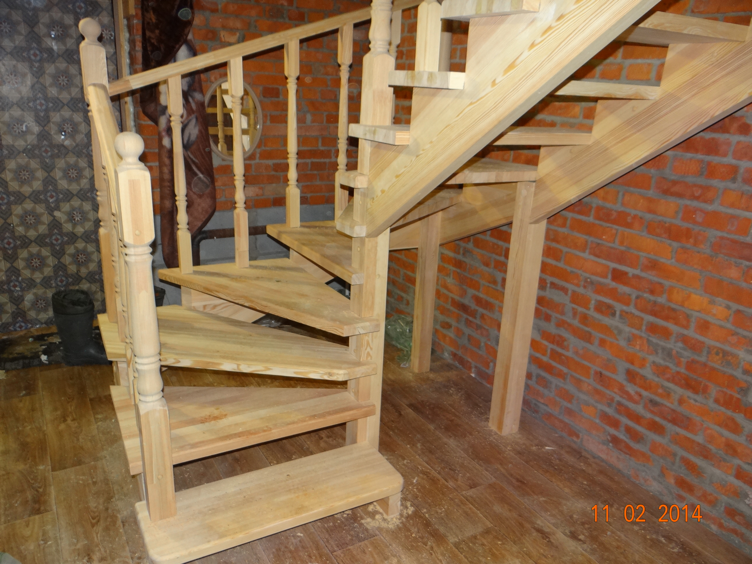 Сделать своими руками лестницу на 180