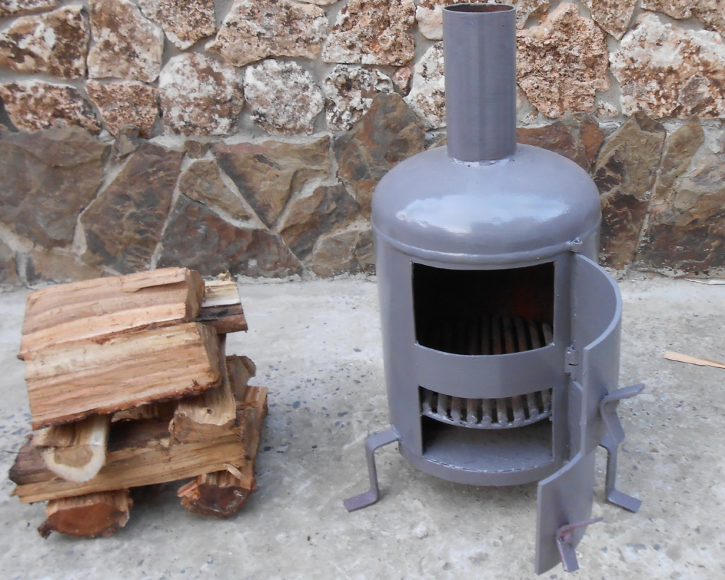 Печь на дровах в гараж своими руками