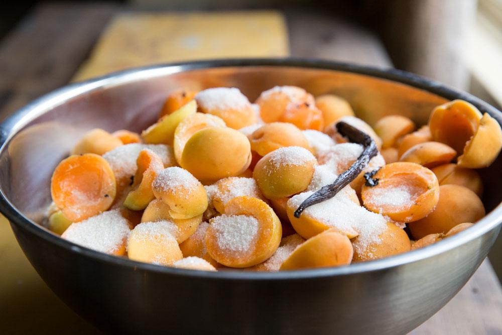 Приготовление варенья из абрикосов на зиму