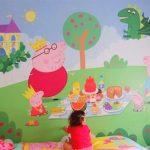 """Фото 16: Фотообои в детской для малышей """"Свинка Пеппа"""""""