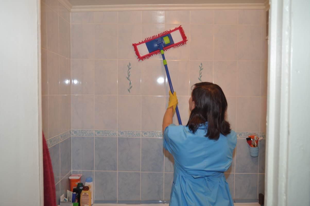 Как эффективно бороться с плесенью в ванной комнате?