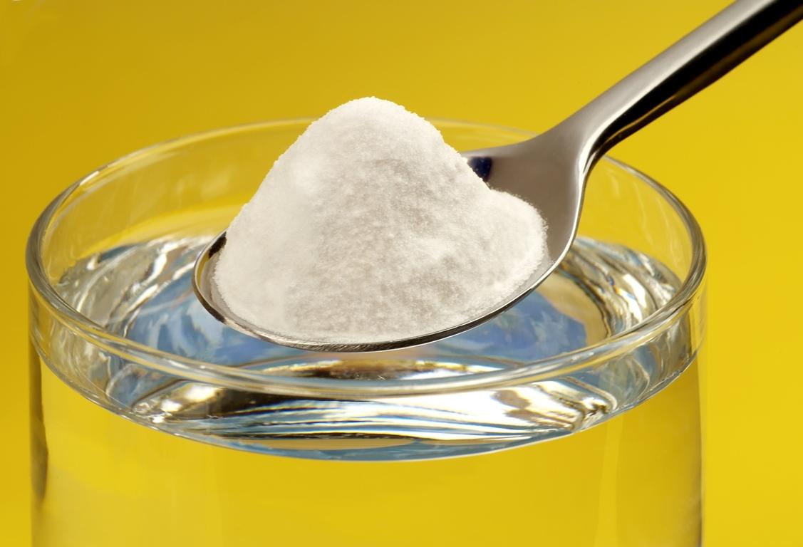 Убрать запах плесени из комнат поможет сода