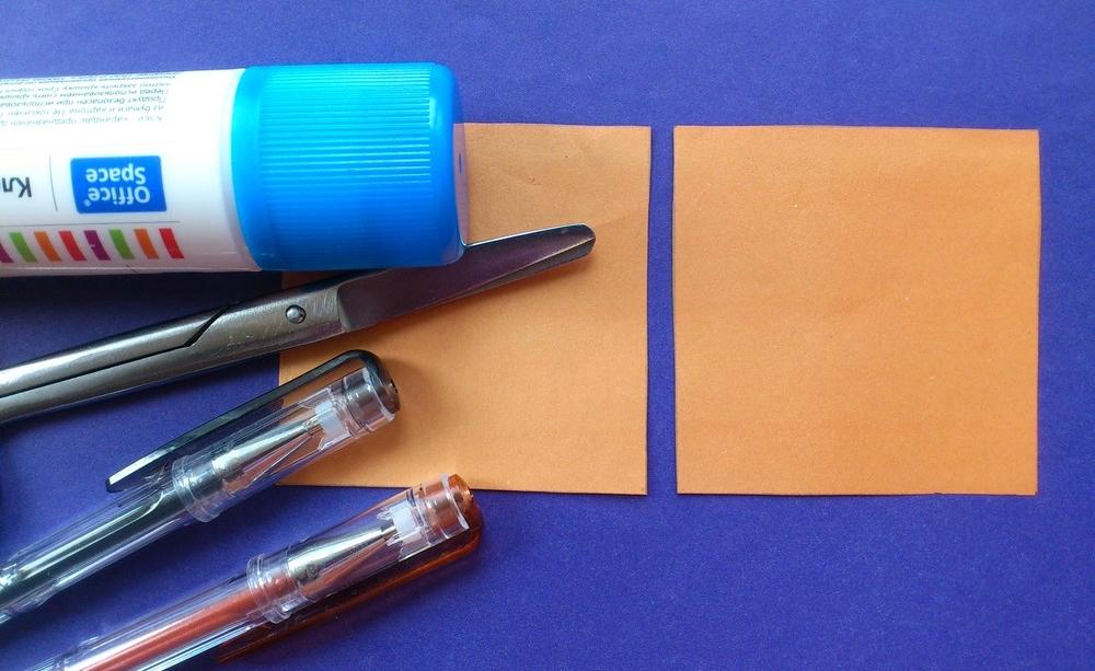 Оранжевая бумага