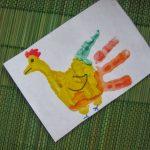 Петушок из рисунка ладошек своими руками
