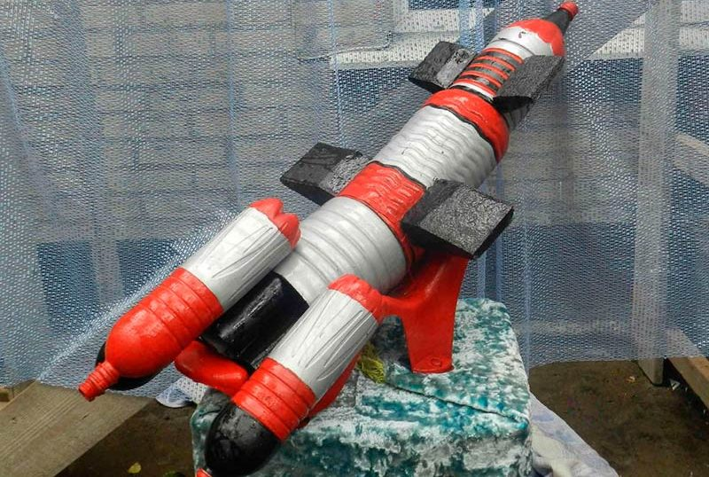 Ракета из пластиковых бутылок