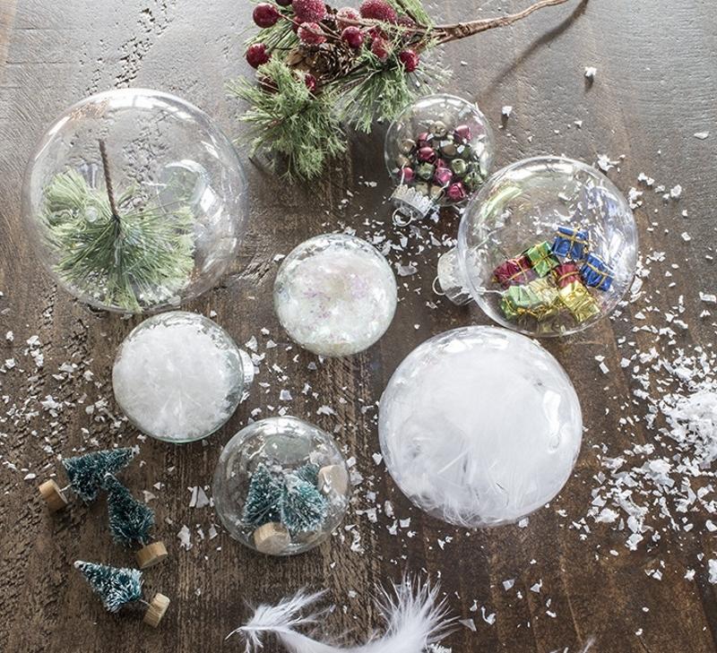Варианты украшения прозрачных новогодних шариков