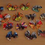 Фото 8: Простые бабочки из фантиков