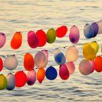 Фото 18: Гирлянда из разноцветных шаров