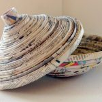 Фото 12: Чаша с крышкой из газетных трубочек