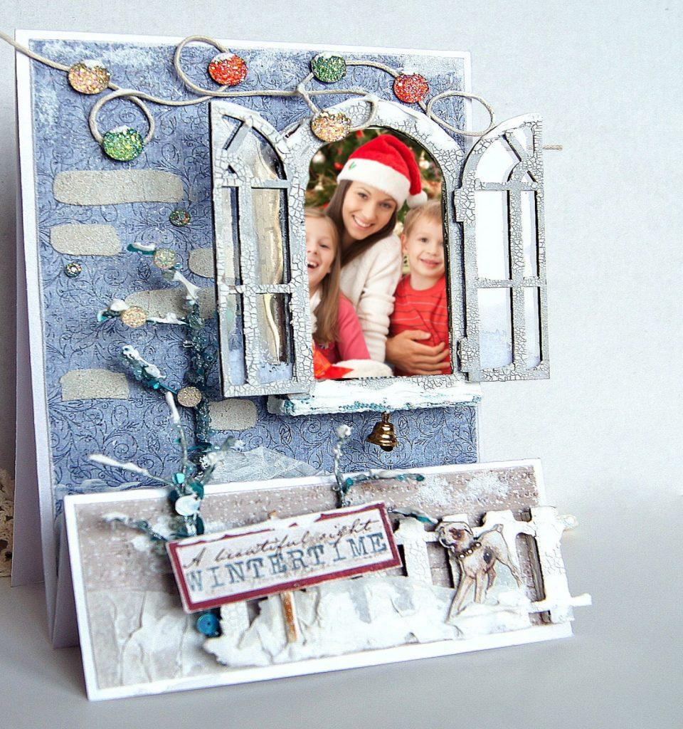 Новогодняя открытка с фотов окошке