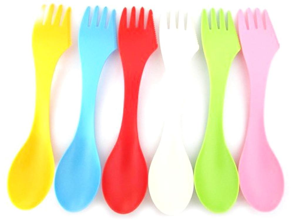 Для создания поделок лучше использовать разноцветные пластиковые вилки