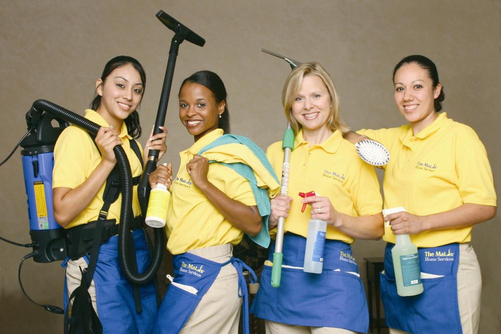 Желательно, чтобы уборкой после умерших в квартире занимались знающие люди со специальным оборудованием