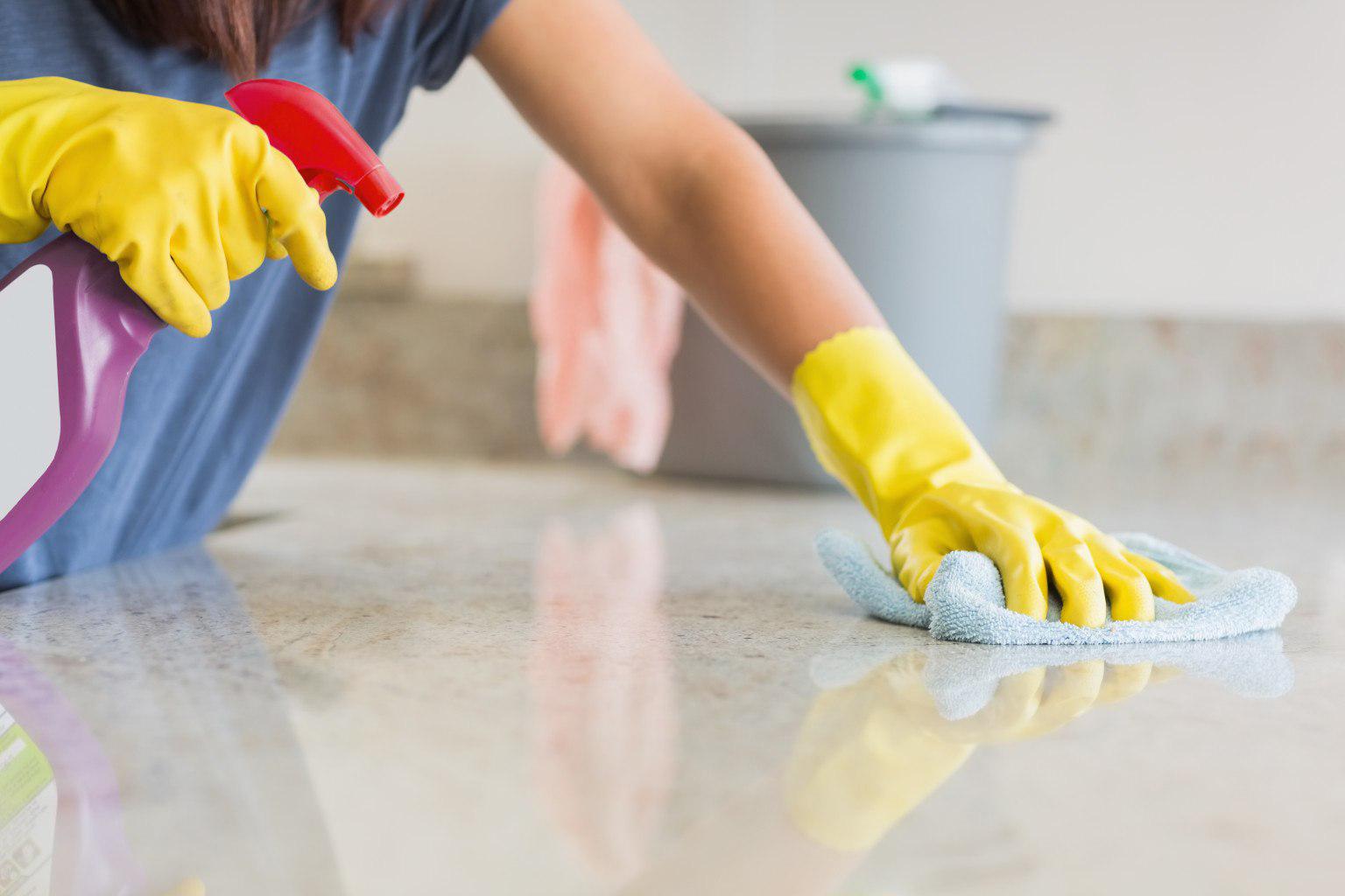 Профессиональная уборка квартиры занимает обычно не более 5 часов
