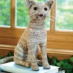Фото 18: Котик из газетных трубочек