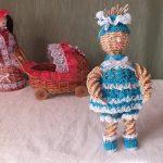 Фото 20: Куклы из газетных трубочек