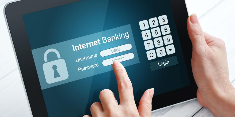Узнайте, с каким банком заключила договор ваша обслуживающая организация